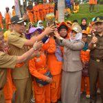 Wali Kota Arak Piala Adipura Kirana dan Adhiwiyata
