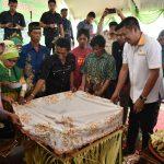 Pembukaan Pesta Adat Massorong Kota Bontang     Wawali : Lestarikan Budaya Masyarakat Massorong